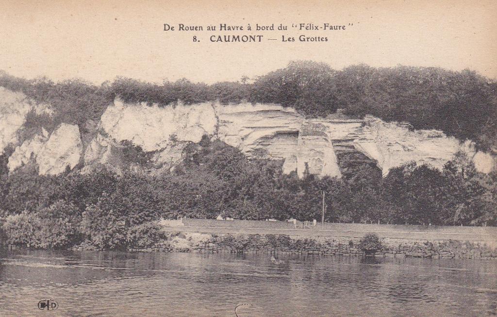 Bas-Caumont_Les_Grottes
