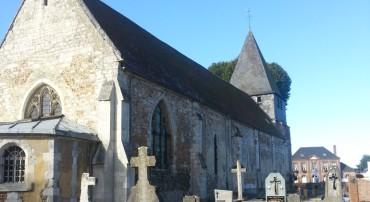 L'église et la croix monumentale du vieux cimetière