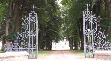 L'allée des Châteaux